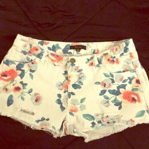 Medium Floral Shorts, Frayed Design (New)
